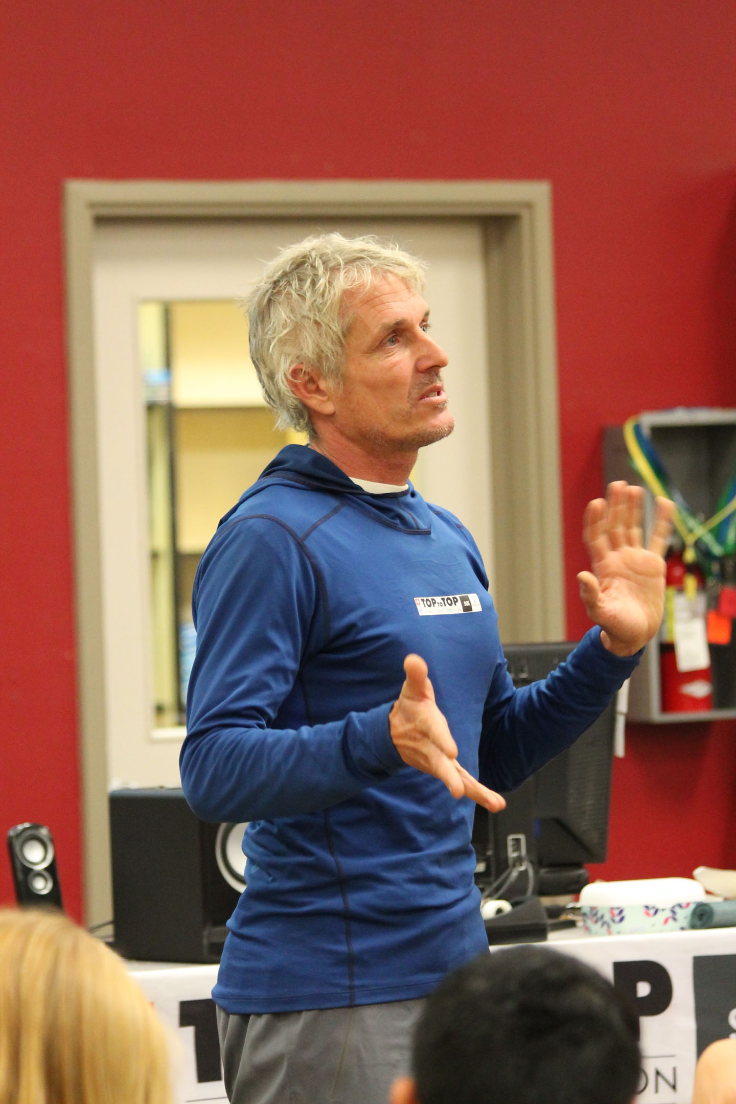 Swiss adventurer Dario-Andri Schwörer tells his story to Mammoth students on Thursday. Photo courtesy: Lunch.