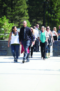 Weaver, flanked by his sister, approaching the Mono County Superior Court building on Monday. Photo courtesy: Pellegrini.