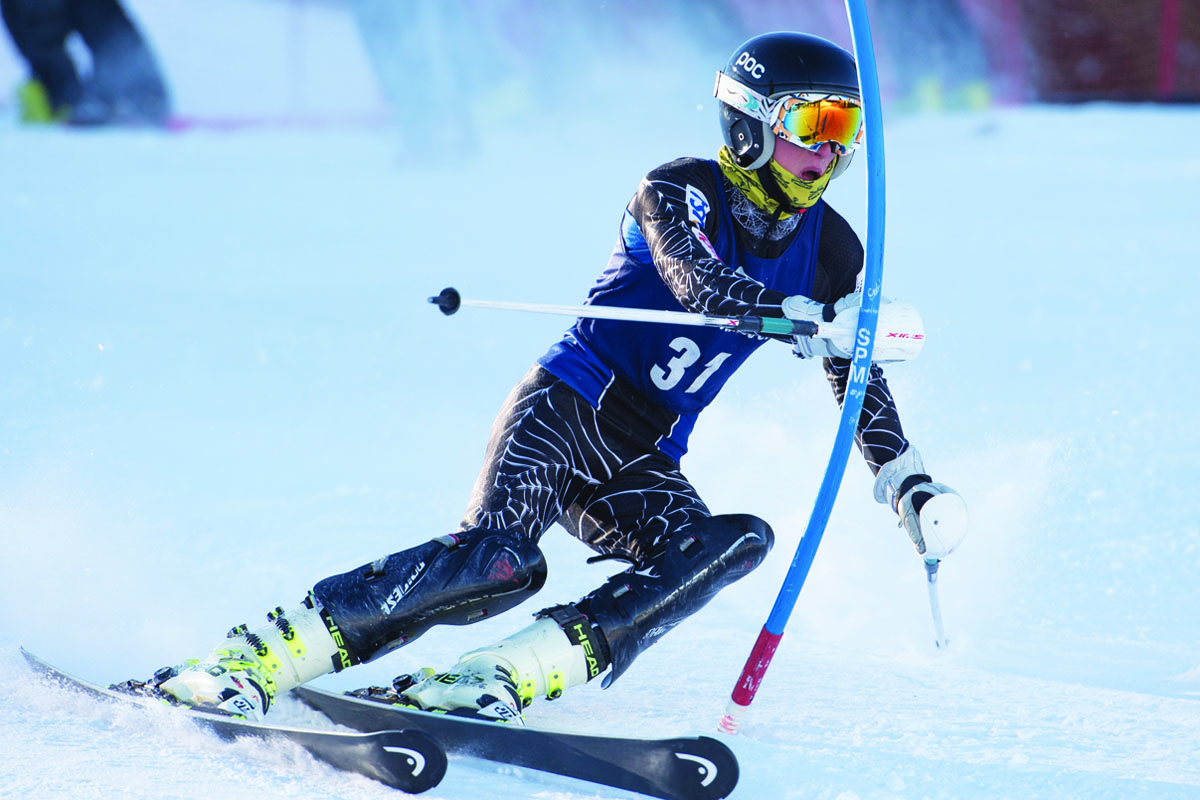 MMSST's Cody Underkoffler racing in the Mammoth Mountain Open WR FIS slalom. Photo courtesy: Sue Morning.